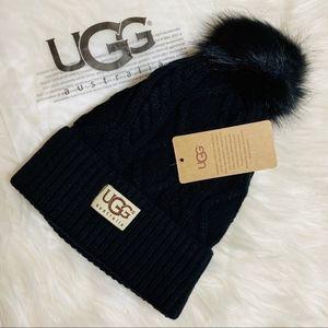 NWT UGG Australia Fleece Lined Cable Knit Beanie